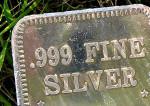 Valeur de rareté, valeur d'efficacité : réflexions sur l'or et l'argent