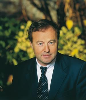 """Exclu Contrepoints - Jean-Michel Fourgous (UMP) : """"La gauche veut taper sur la gueule des entrepreneurs"""""""