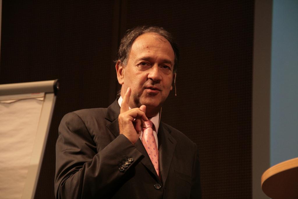 Paul Hermelin, l'ami gênant pour François Hollande en Inde