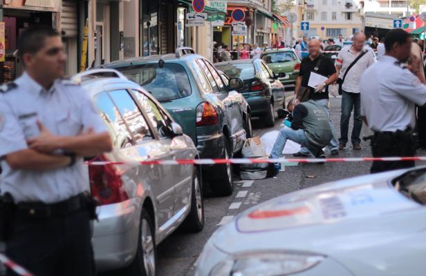 Le clash des victimes cl ment m ric contre le bijoutier de nice contrepoints - Coup de poing dans le dos ...