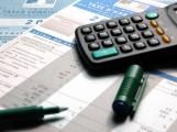 Collectivités locales : réduire les dépenses ou augmenter les impôts ?