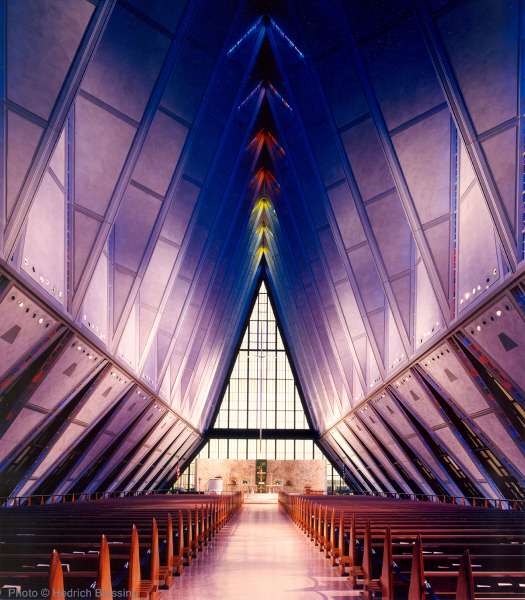United States Air Force Cadet Academy Chapel © SOM_Hedrich Blessing