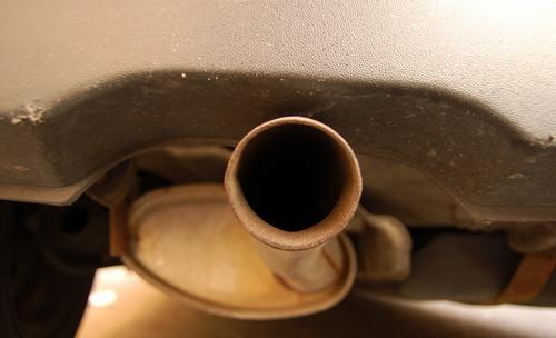 pot échappement voiture