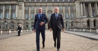 Belgique : Non, le gouvernement Michel n'est pas libéral !