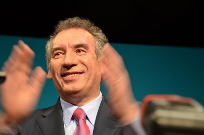 Présidentielle : François Bayrou propose l'alliance avec Emmanuel Macron