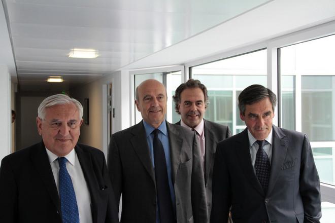 Nouvelle équipe dirigeante de l'UMP (François Fillon, Alain Juppé, Jean-Pierre Raffarin, Luc Chatel) (Crédits UMP Photos, licence Creative Commons)