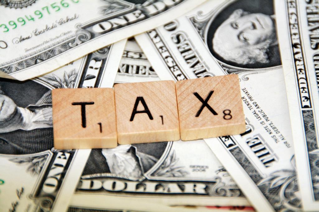 Taxes impôts (Crédits 401kcalculator.org, licence Creative Commons)