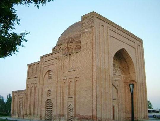 Tombe Haruniyeh où est enterré Ghazali, principale figure de l'islam soufiste (Crédits Zereshk, licence Creative Commons)