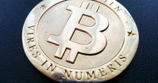 Contrôle de la monnaie : l'angoisse de Satoshi, inventeur du Bitcoin