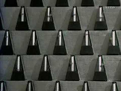 1000 métronomes (Crédits : litegy, licence Creative Commons)