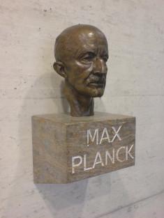 max planck credits max longair (licence creative commons)