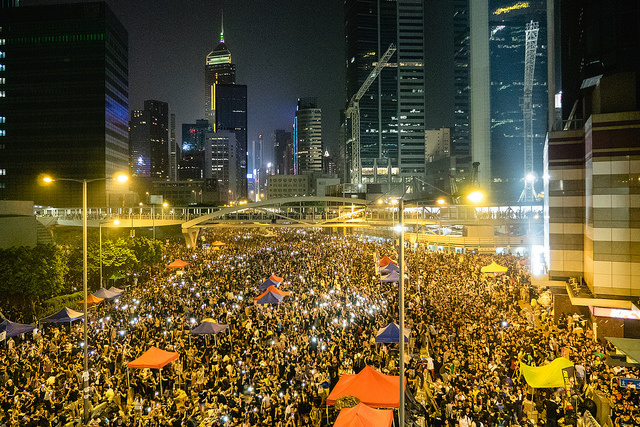 umbrella revolution credits Pasu au Yeung (licence creative commons)