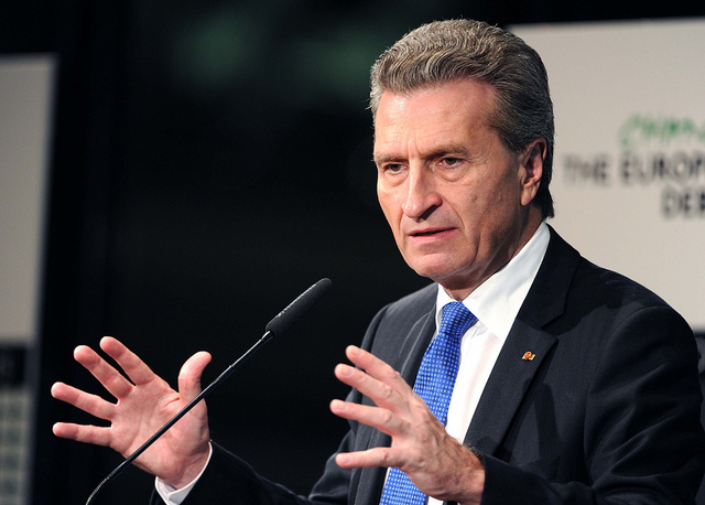 Günther Oettinger credits stiftung mercator (licence creative commons)