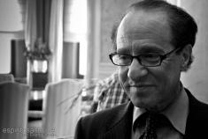 Ray Kurzweil credits oscar espiritusancto nicolas (licence creative commons)