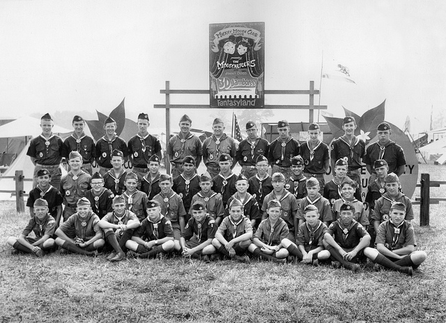 scouts credits orange county archives (licence creative commons)