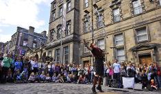 Edinburgh Festival Fringe (Crédist Festival Fringe Society , licence Creative Commons CC-BY-SA 3.0)
