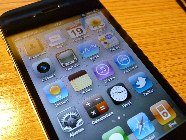 iphone credits witer (licence creative commons)