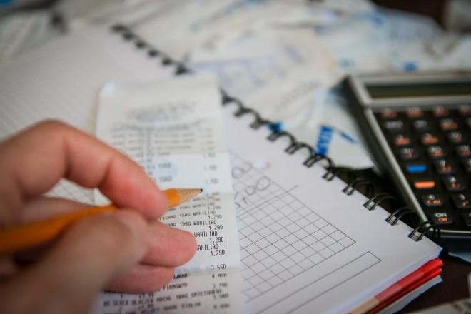 Argent Calcul Gestion Impôts - Public Domain (pas d'attribution requise)
