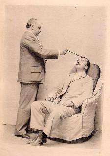 Hypnose credits bibliothèque de la faculté de séville (CC BY 2.0)