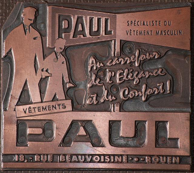 publicité pour les vetements paul credits Frédéric Bisson  (CC BY 2.0)