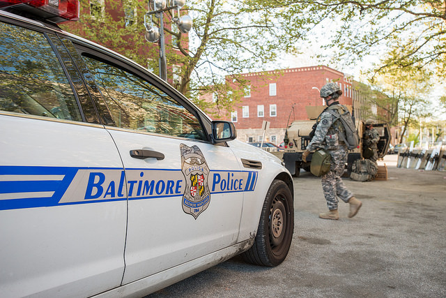 Baltimore Police - Credits : Maryland National Guard via Flickr (CC BY-ND 2.0