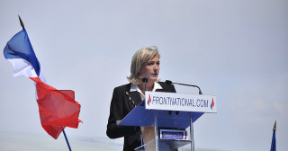 Marine Le Pen au Meeting du Front National le 1er mai 2012