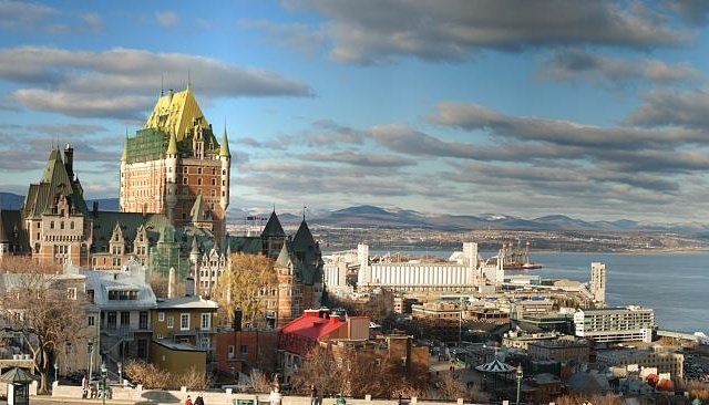 Québec - Château Frontenac - Michael McDonough - cc by-sa 20