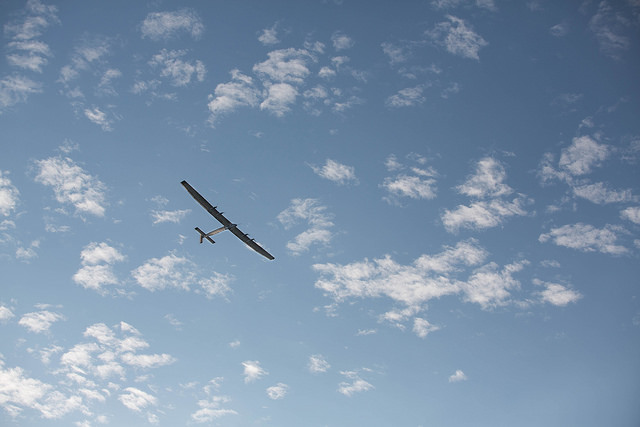 Solar Impulse 2 over Payerne - by Tobrouk - CC BY NC ND 2.0