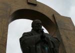 La statue de Jean-Paul II à Ploërmel ou la religion sur la place publique