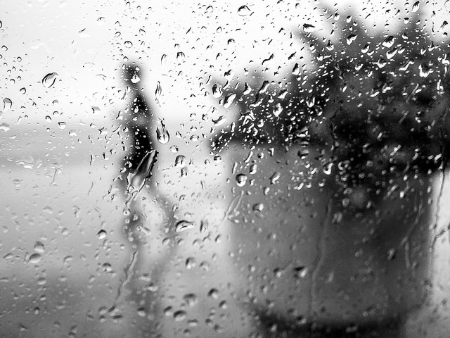 Tristesse pluie (Crédits : Nicolas Decoopman, licence CC-BY-ND 2.0), via Flickr.