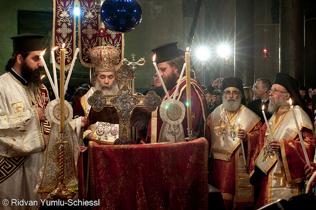 Procession orthodoxe à Jérusalem en 2011 (Crédits : Beautiful Faces of Palestine, licence CC-BY-NC-ND 2.0), via Flickr.