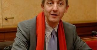 Armes : quand Christophe Barbier sombre dans l'amalgame
