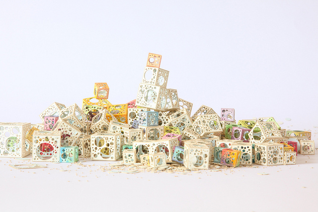 Jared Tarbell Watercolor paper cubes(CC BY 2.0)