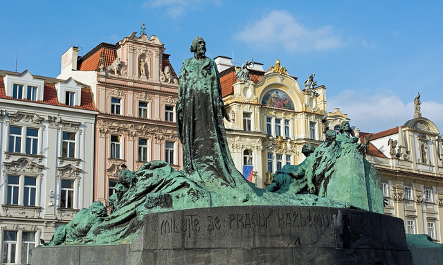 Jan Hus memorial credits Troy david Johnston (CC BY-NC 2.0)