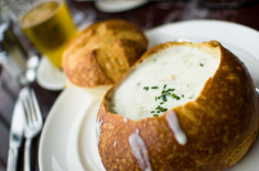 clam chowder-Adam Wilson(CC BY-NC-ND 2.0)