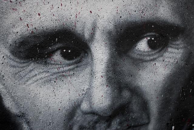 Bachar el-Assad, painted portrait DDC_7893003 credits thierry ehrmann via Flickr ( (CC BY 2.0)