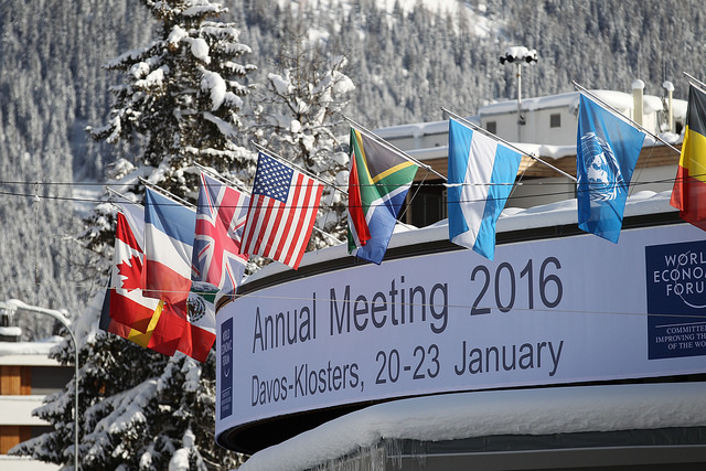 Crossroads Foundation ... Davos(CC BY 2.0)