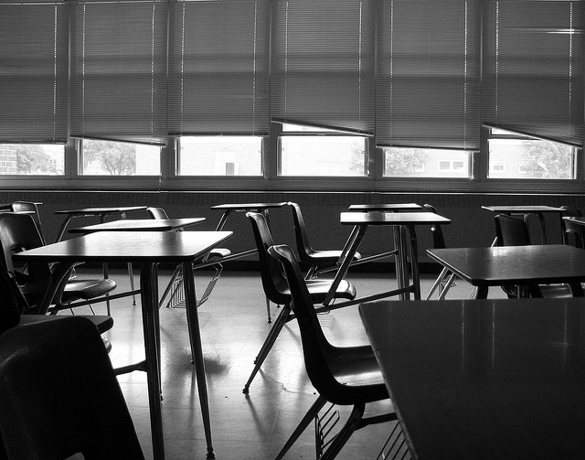 Empty classroom by Max Klingensmith(CC BY-ND 2.0)
