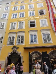 Mozart Geburtshaus by Alf Igel(CC BY-NC 2.0)