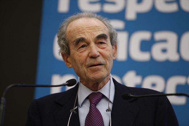 Robert Badinter crédit Parti socialiste (CC BY-NC-ND 2.0)