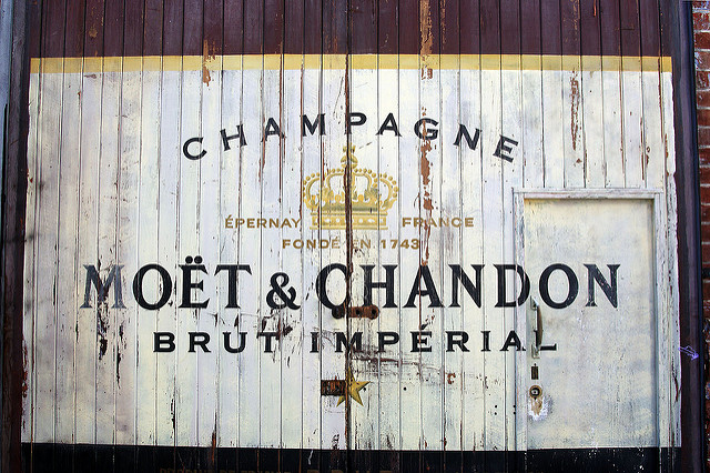 Moet&Chandon by FraserElliot(CC BY-NC 2.0)