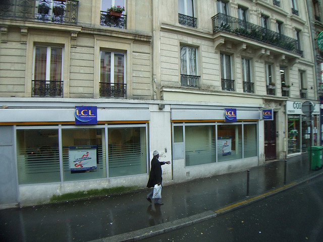 Agence LCL à Paris (Crédits PooWho, licence CC-BY-NC)