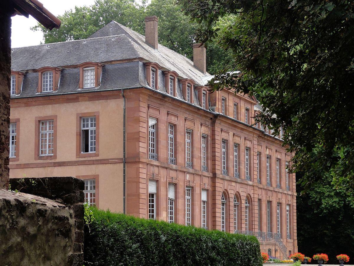 Le château de Reichshoffen, siège de la société De Dietrich, construit par Eugène de Dietrich