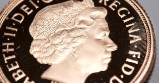 Gold save the souverain !