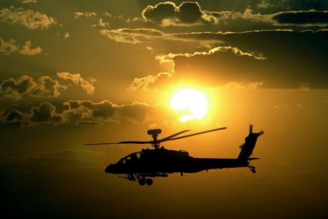 Hélicoptère apache