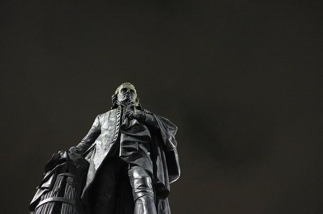 Adam Smith : libéral d'une main (invisible), étatiste de l'autre ?