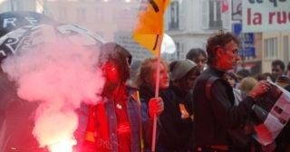 La CGT ne respecte pas la minute de silence pour les victimes de Nice !