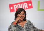 Anne hidalgo chasse les voitures-Anne Hidalgo by Parti socialiste(CC BY-NC-ND 2.0)