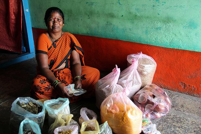 Inde : le marché, espoir des intouchables