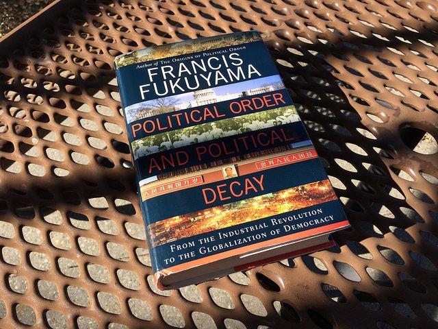 Le déclin de la démocratie américaine selon Fukuyama